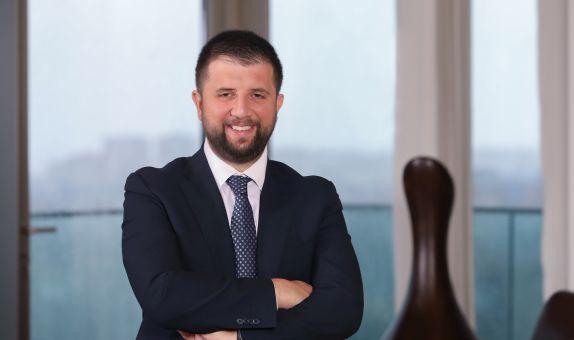 Akfen Holding'in yeni CEO'su Selim Akın oldu