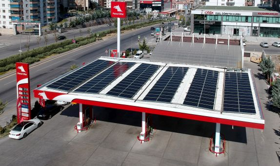 Petrol Ofisi'nde Güneş Enerjili İstasyon Sayısı Artıyor