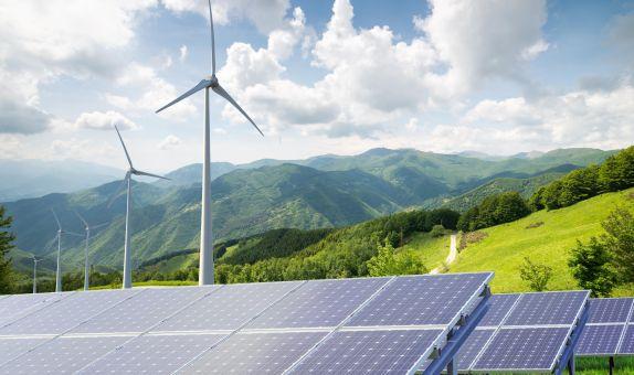 Teknoloji Şirketlerinin Rüzgar ve Güneş Enerjisine Talebi Artıyor