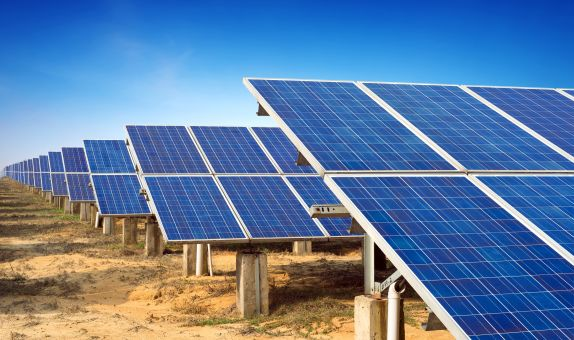 Büyük Ölçekli Güneş Enerjisi Santrallerinde İnverter Seçimi
