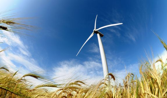 Dengelenmiş Enerji Maliyetini Rüzgar Kulesinin Boyunu Yükselterek Düşürebilir Miyiz?