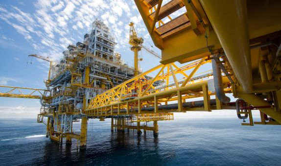 Petrol ve Elektrik, Dünya Ekonomisinin Gidişatına Yön Verecek