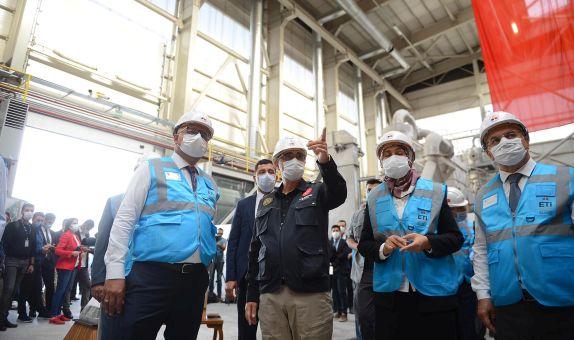 Enerji Bakanı Fatih Dönmez Lityum Pilot Tesisini İnceledi